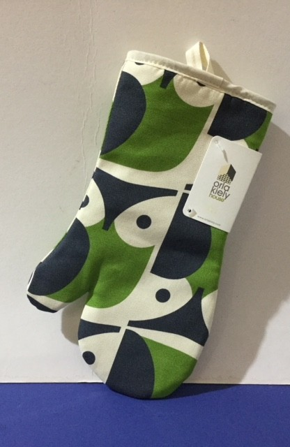Buy Orla Kiely Green Oven Mitt online at smithsofloughton.com