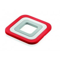 Buy the Guzzini Kitchen Set of 3 Trivets Red online at smithsofloughton.com
