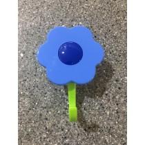 Buy the light blue Kuhn Rikon Kochblume Flower Hook Large Online at smithsofloughton.com