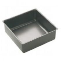 Buy the Master Class Square Non-Stick 23cm Loose Base Deep Cake Pan online at smithsofloughton.com