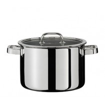 Buy the Spring Finesse Casserole Deep Pan 24cm online at smithsofloughton.com